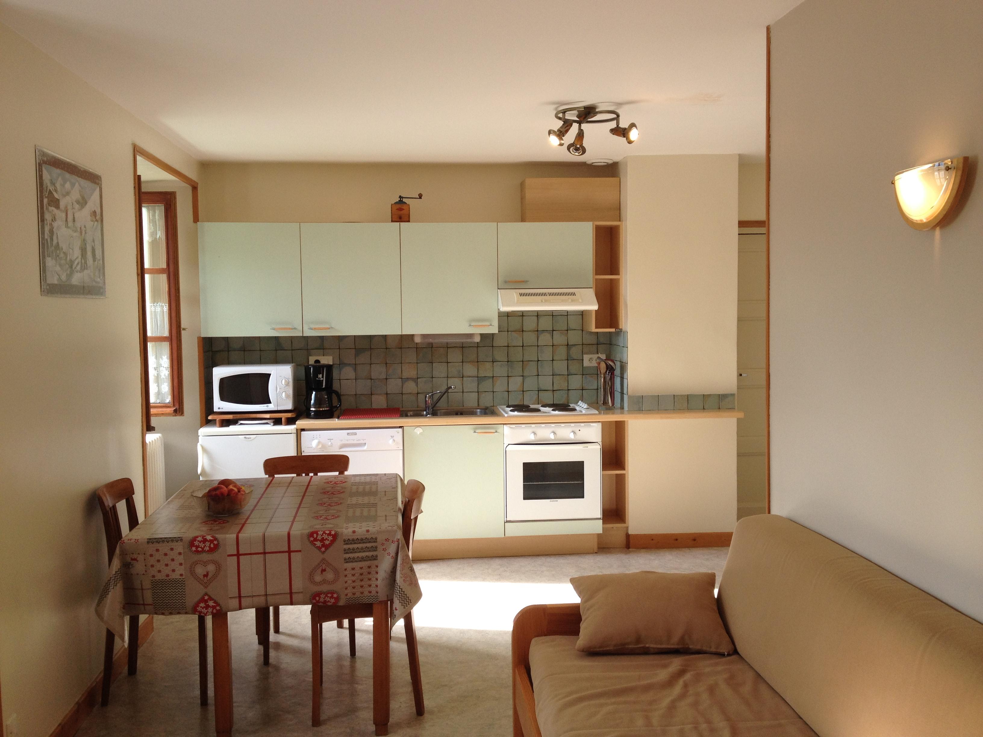 Cuisine Integree Dans Salon cuisine de l'appartement de lanslebourg val cenis vanoise